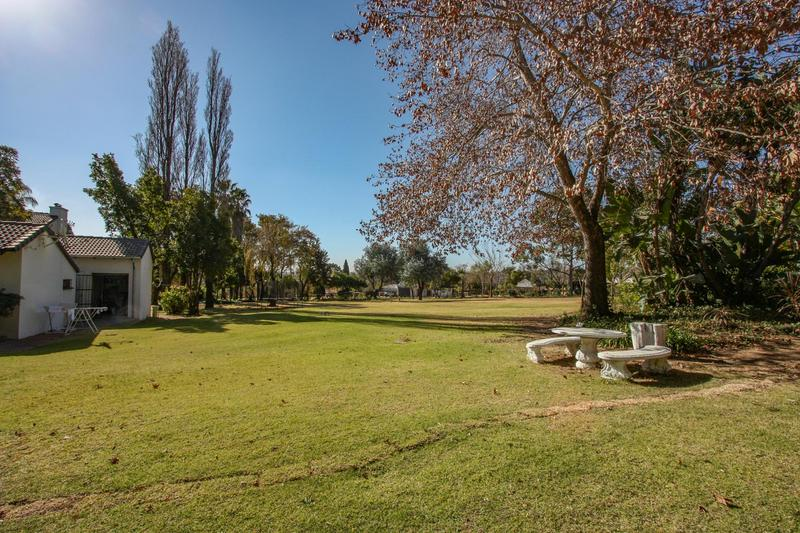 Country Estate For Sale in Beaulieu, Midrand