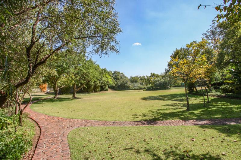 Property For Sale in Kyalami Ah, Midrand 11